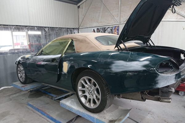 Jaguar XK8 03